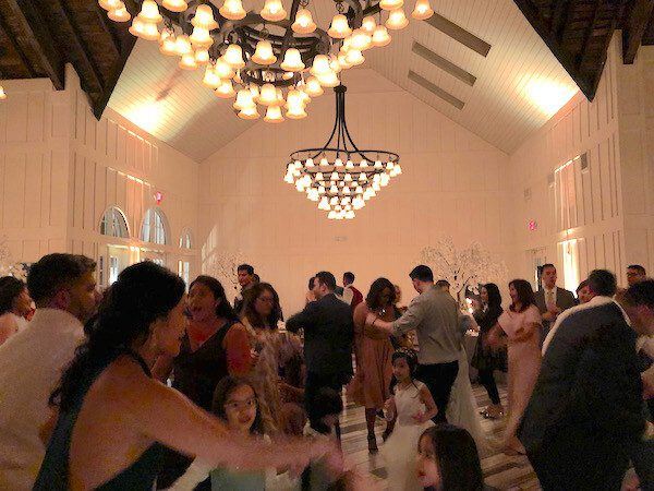 guests enjoying the wedding reception and the music at the Ryland Inn NJ
